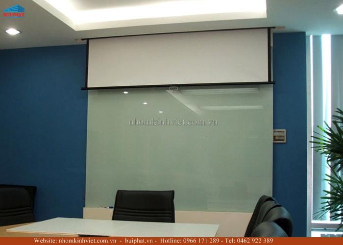 Bảng viết bằng kính màu