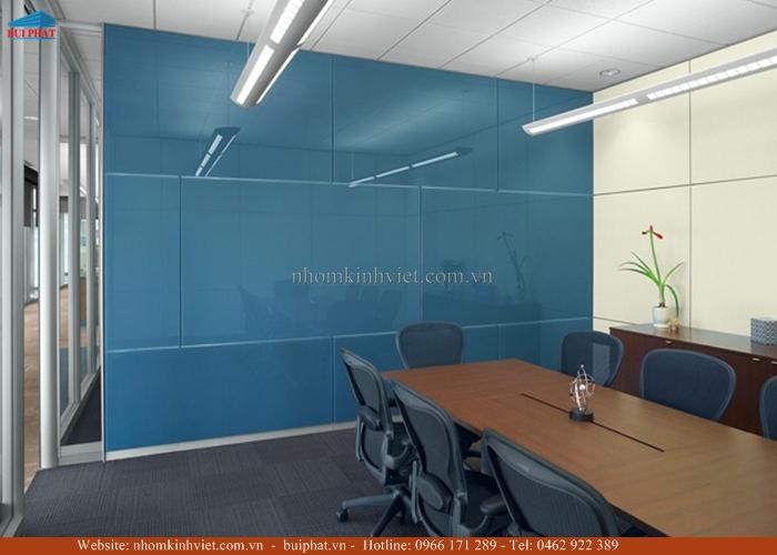 Kính màu văn phòng