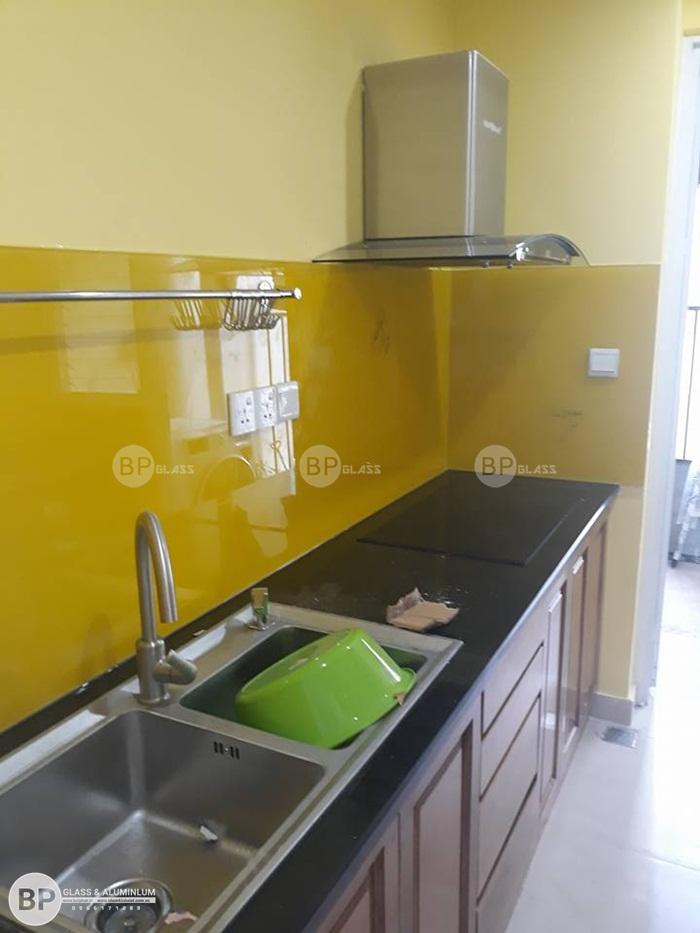 Lắp đặt kính ốp bếp tại khách sạn Somerset VisTa Quận 2, HCM