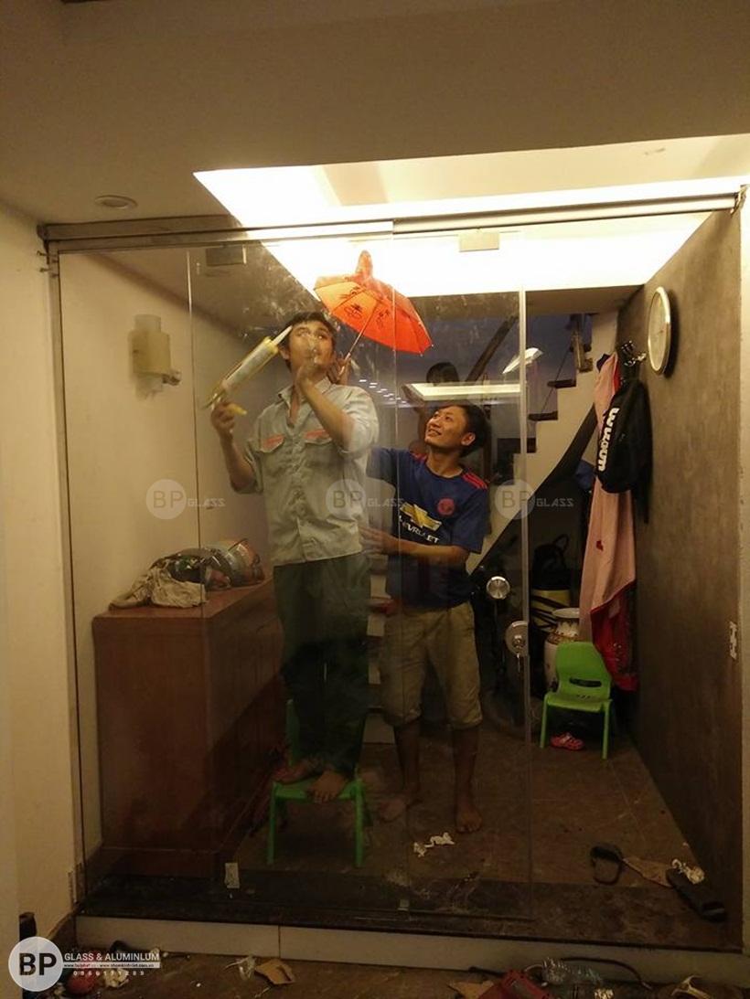 Thi công cửa kính trượt lùa Anh Huy Đặng Văn Ngữ buiphat.vn