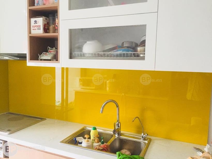 Cung cấp kính màu ốp bếp nhẵn phẳng sáng bóng