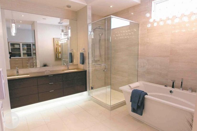 Phòng tắm kính may đo theo kích thước yêu cầu