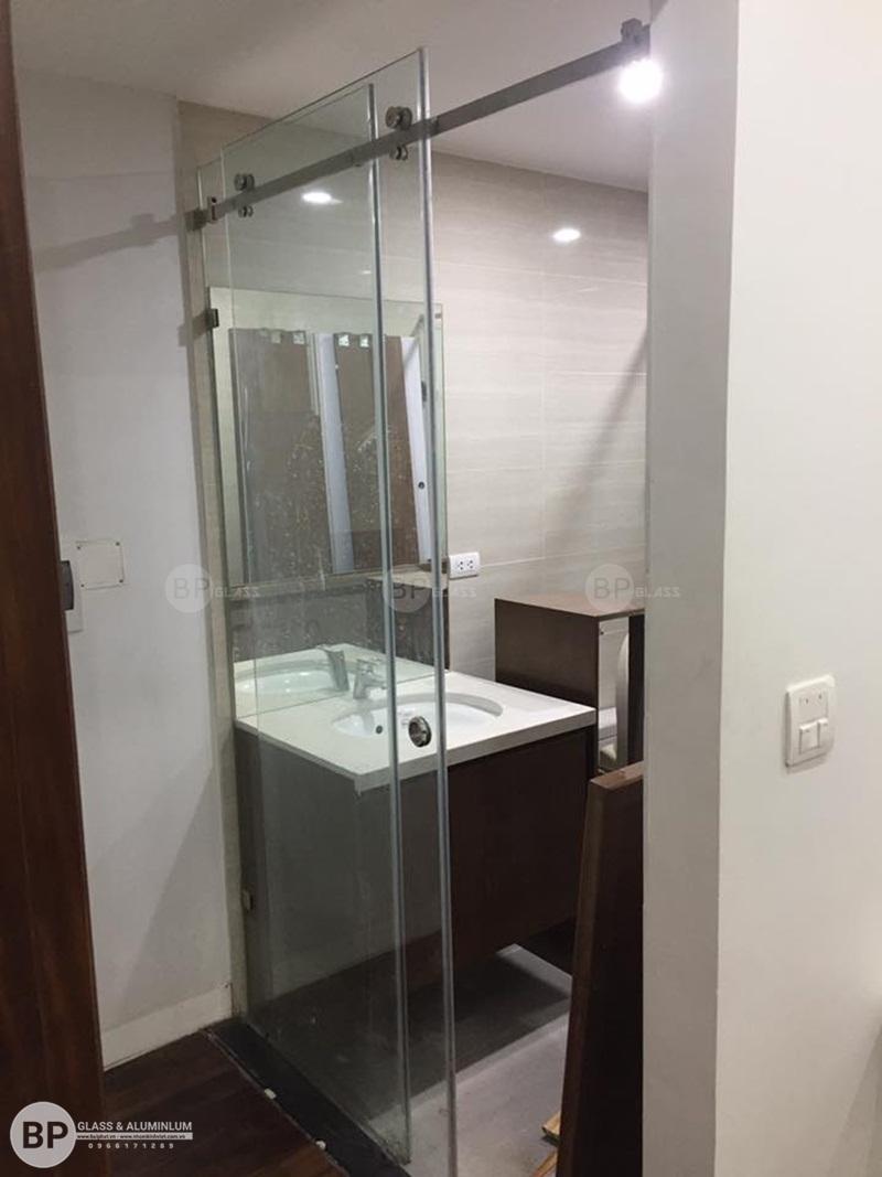 Lắp bộ vách tắm kính 2 tấm thẳng tại 37 Vinhome Thăng Long