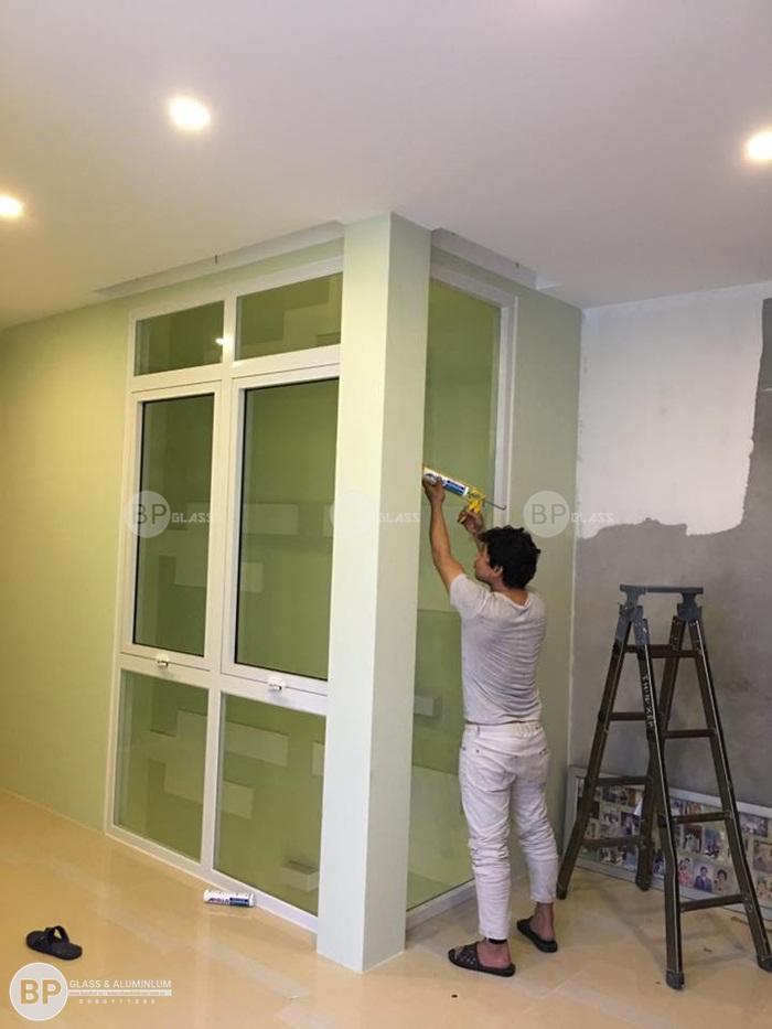 Lắp cửa kính khung nhôm màu trắng sứ tại Tỉnh Hòa Bình