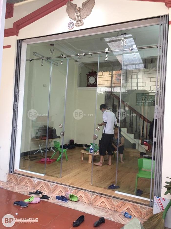 Lắp cửa kính trượt lùa tại Ngõ 323 Kim Ngưu Vĩnh Tuy