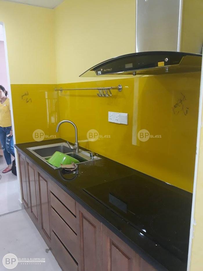 Lắp kính bếp đẹp cho tại chung cư Vista Verde, Quận 2, HCM