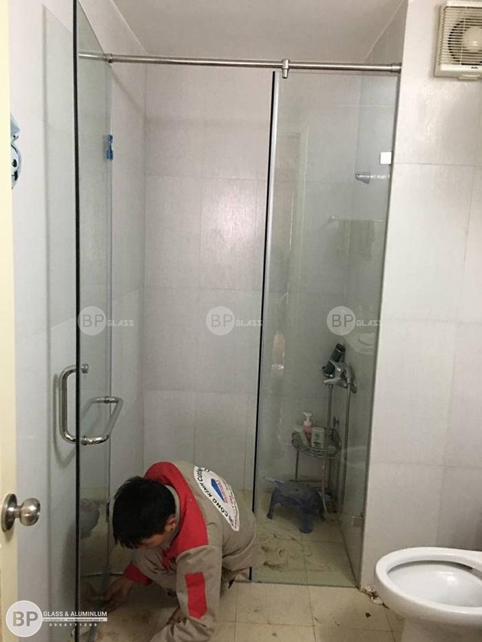 Lắp buồng tắm vách kính nhà anh Dương Dương Nội, Hà Đông