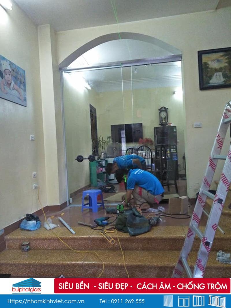 Lắp cửa kính lùa AMG nhà chú Dũng 120 Vĩnh Tuy, Minh Khai