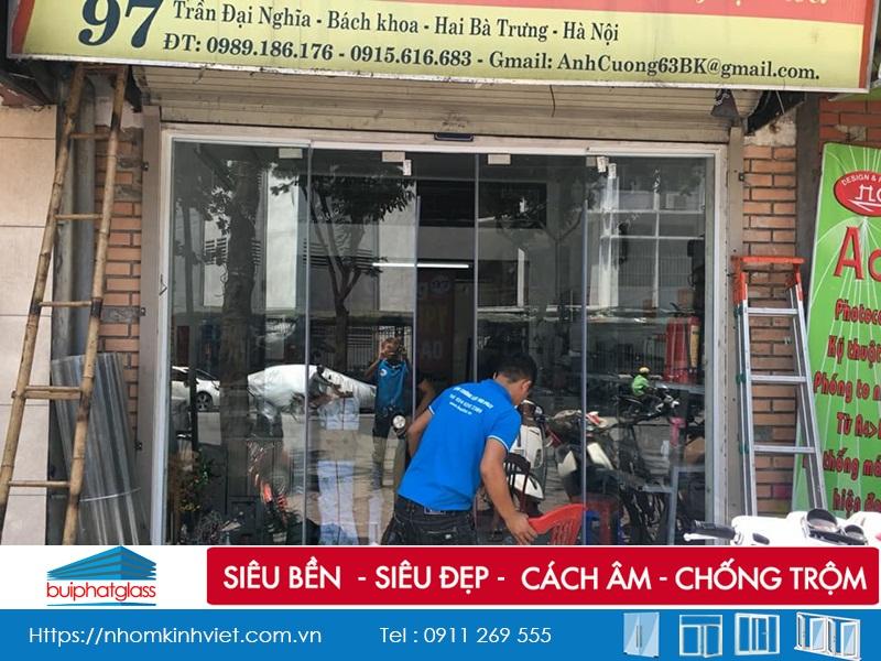 Lắp bộ cửa kính lùa Yachun cho nhà chị Ngọc Trần Đại Nghĩa