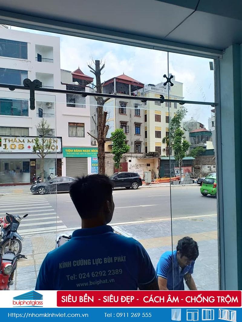 Lắp cửa kính lùa kép phi 25 đẹp tại Trần Đăng Ninh Kéo Dài