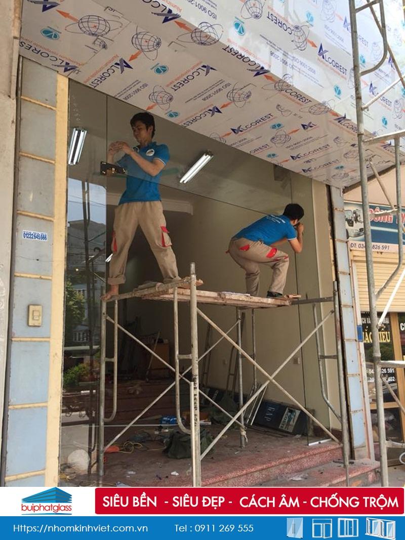 Cửa kính 2 cánh công trình tại Vạn Phúc Hà Đông