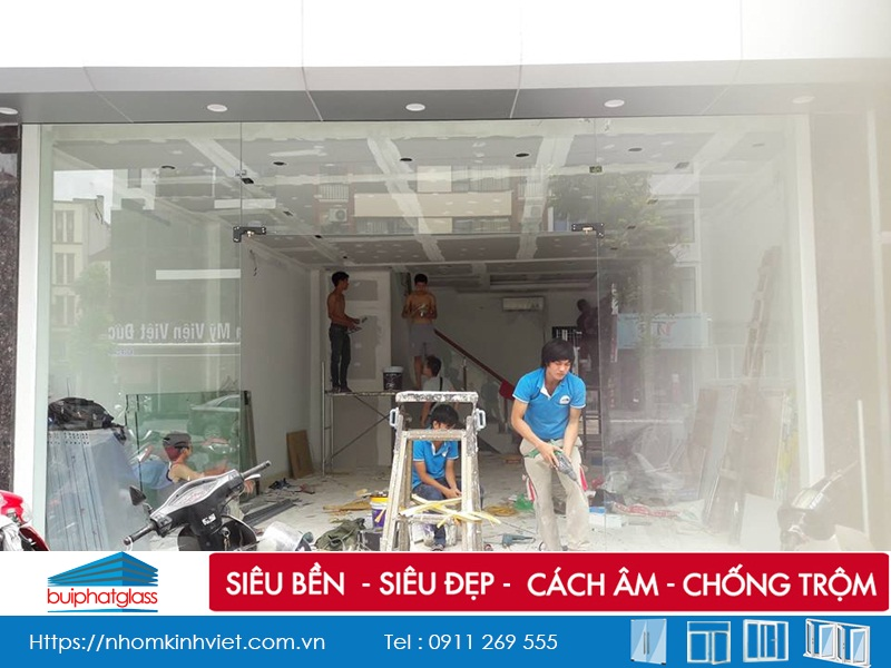 Lắp cửa kính cường lực 12mm tại Trần Đăng Ninh Kéo Dài