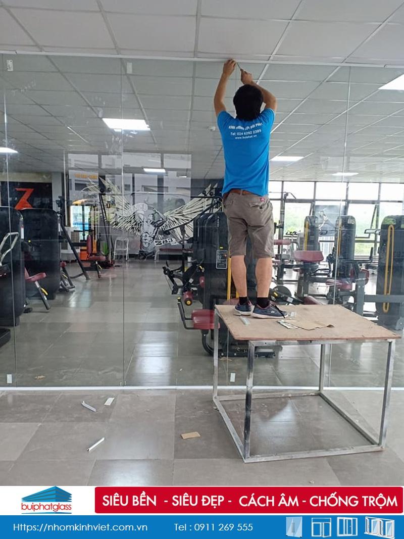 Lắp đặt cửa kính ở Hà Nội công trình tại bán đảo Linh Đàm