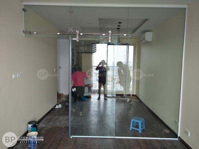 Cửa kính trượt phi 25 Anh Nhân