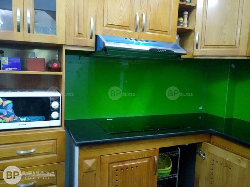Kính ốp bếp xanh non kim sa DV10 Kđt Kiến Hưng