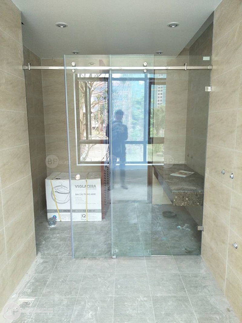 Vách tắm kính, phòng tắm kính Cô Như AMG kđt Thủy Nguyên Ecopark